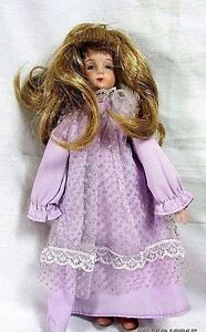 Vintage-Porcelain-Small-Doll-Blonde-Hair-8-034-tall