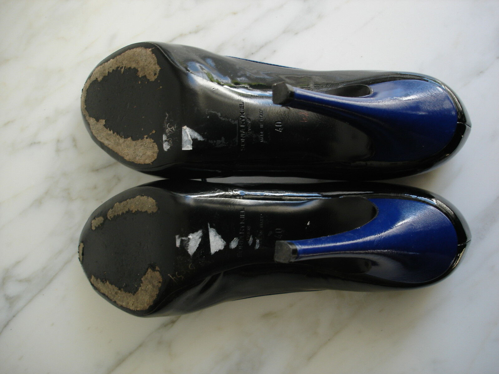 sonia rykiel Blau and schwarz patent high heeled pumps with peep toe