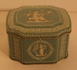 Vintage-Tin-Container-Made-in-England-Blue-with-white