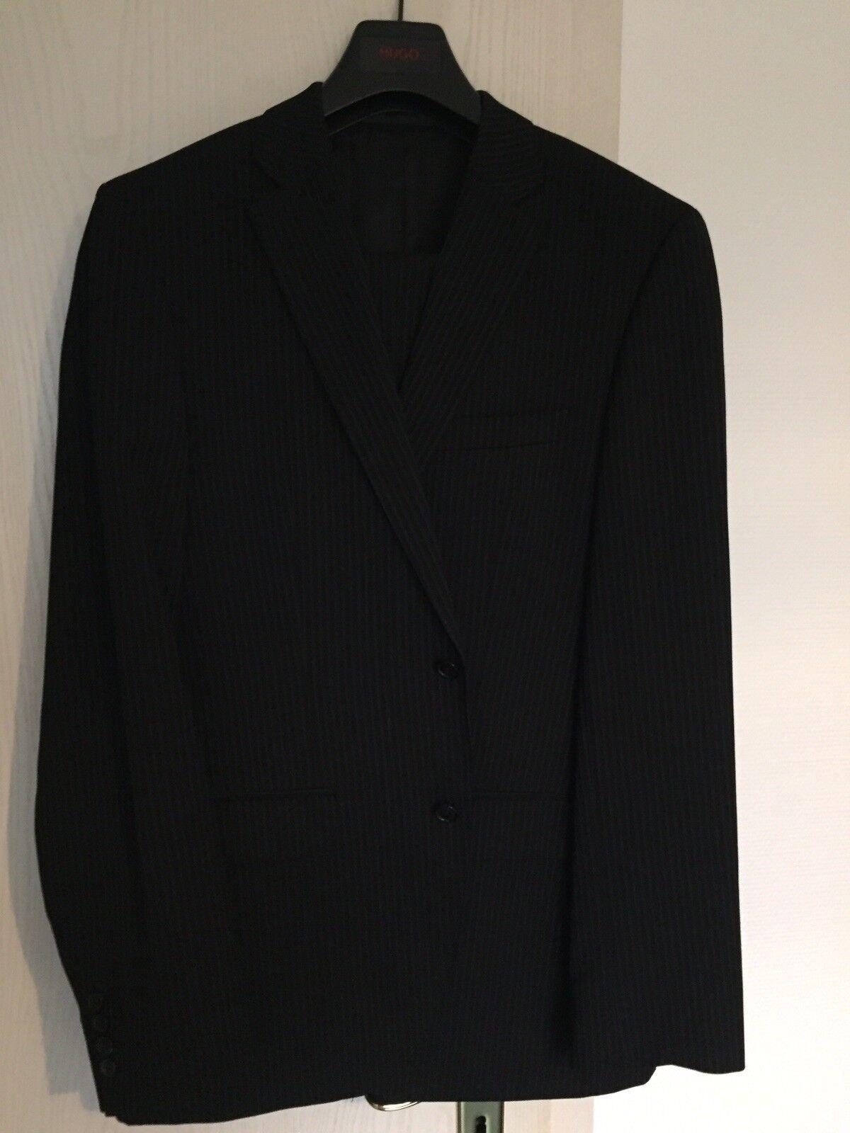 Boss Nadelstreifen Anzug Gr. 48
