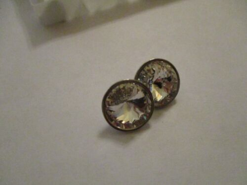 8 Fabulous Swarovski Crystal Buttons 13 mm Rhodium 1 Loop   m1430409