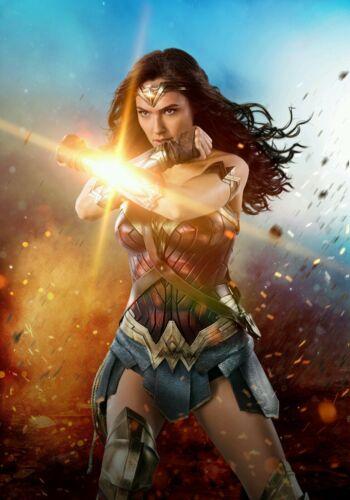 "Wonder Woman Gal Gadot Movie Poster HQ Textless Art Print 13テ�20/"" 27テ�40/"" 32テ�48/"""