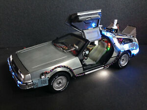 DeLorean-Zurueck-in-die-Zukunft-BTTF-Licht-amp-Sound-Hot-Wheels-PreProduction-1-18