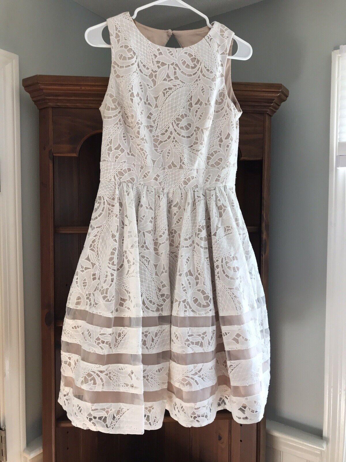 Eliza J Fit & Flare Ivory Lace Dress, Cotton Blend, Größe 6, EUC