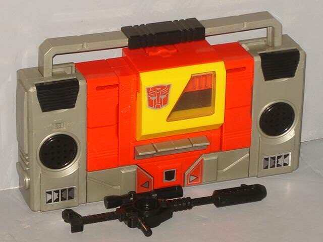 G1 TRANSFORMER AUTOBOT BLASTER  ORIGINAL  COMPLETE COMPLETE COMPLETE LOT CLEANED VERY NICE 727a9a