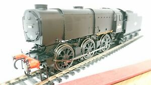Hornby-R3598-BR-Late-0-6-0-Class-Q1-Locomotive-No-33001-Ltd-Edition-OF-ONLY-250
