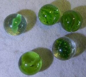 9842m-Vintage-Group-of-5-Aventurine-Cat-039-s-Eye-Marbles-60-to-62-Inches