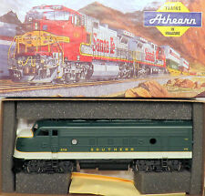 HO Athearn 3275 Super Power SOUTHERN EMD F7A Diesel Locomotive 6719 Powered NIOB