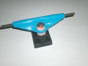 Vintage 80/'s Skateboard RAILS Blue Plastic 1980/'s Dead Bolt Rare Skate 15-1//2