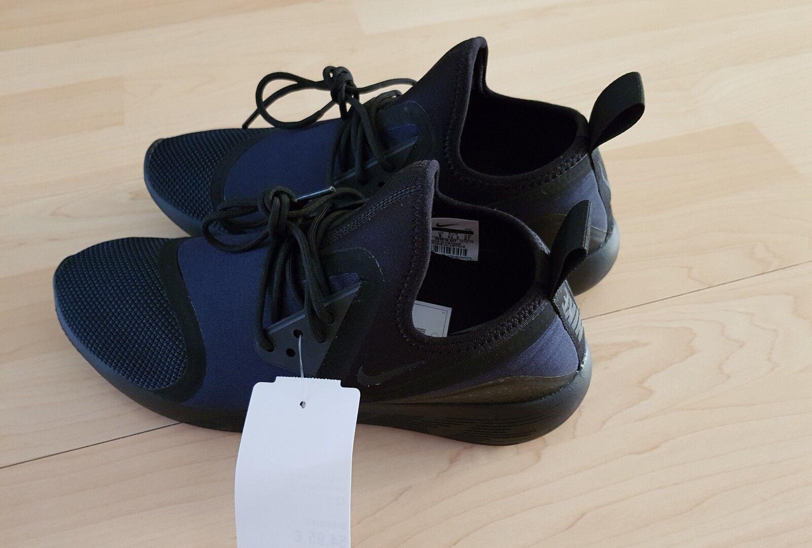 Schuhe Herrenschuhe Freizeitschuhe Nike Gr 42,5 Farbe dunkelblau neu mit Etikett