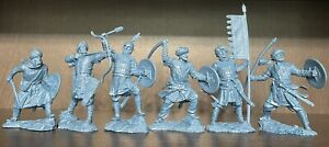 Publius nouvelles croisades SARACEN Knight Toy Soldiers caoutchouc plastique 1:32 Bleu