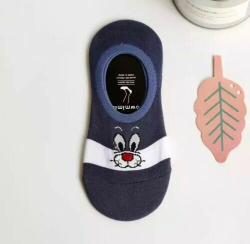 4 Characters Novelty Socks Casual Ankle Trainer Looney Tunes Cartoon Present