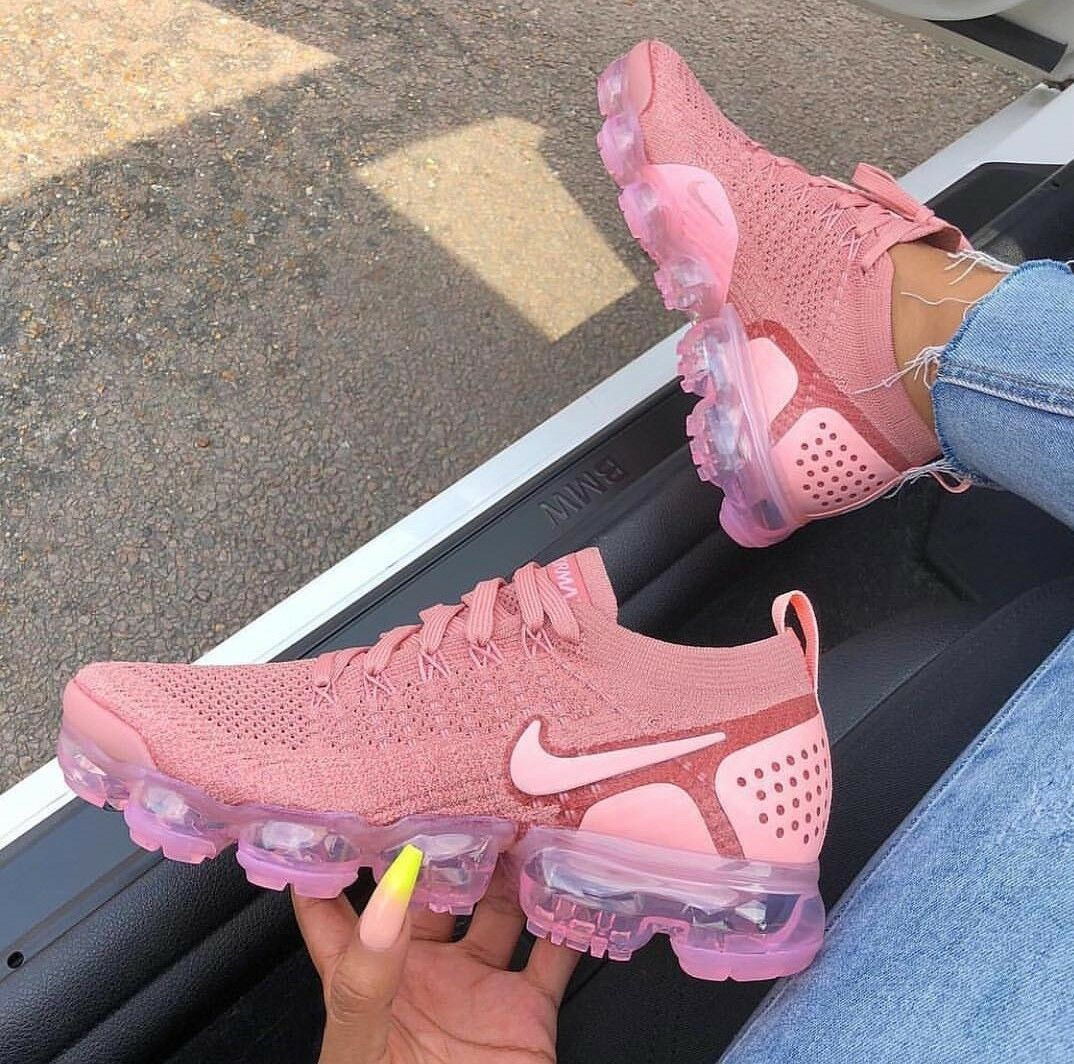 NIKE VAPORMAX 2 size 8 womens (read description)