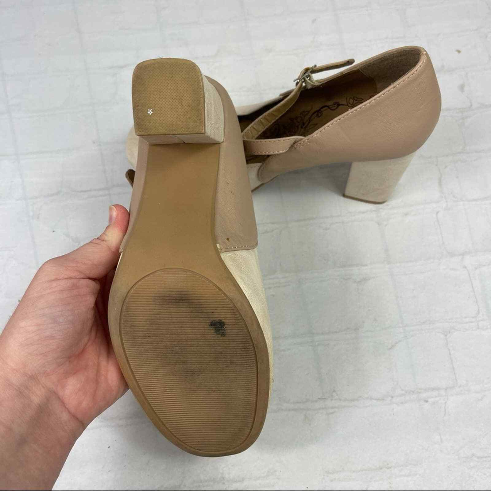 Jelly pop nude bow Mary Jane pumps - image 3