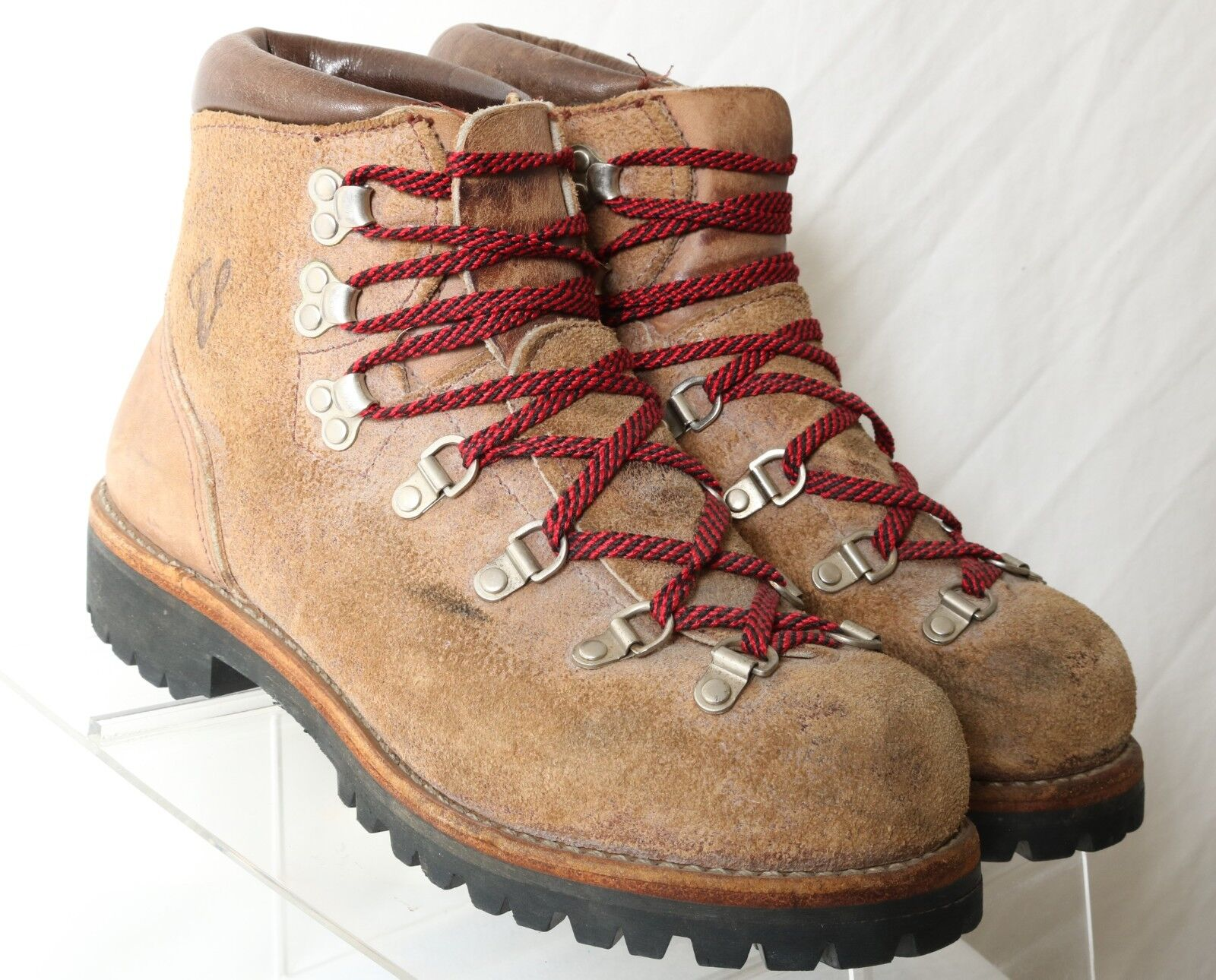 Vintage Vasque Brown 1970's Mountaineering Hiking Boot 09404 USA Men US 7.5C