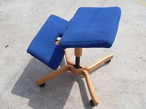 Vintage original balans ergonomic kneeling chair peter opsvik design