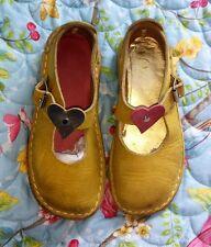 Greenshoes girl's yellow mary jane shoes size UK kids 11.5F EU 29