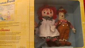 RAGGEDY-ANN-amp-ANDY-STORYBOOK-FRIENDS-THE-SNITZNOODLE-12-034-PLUSH-SET-MIB-1310-2000