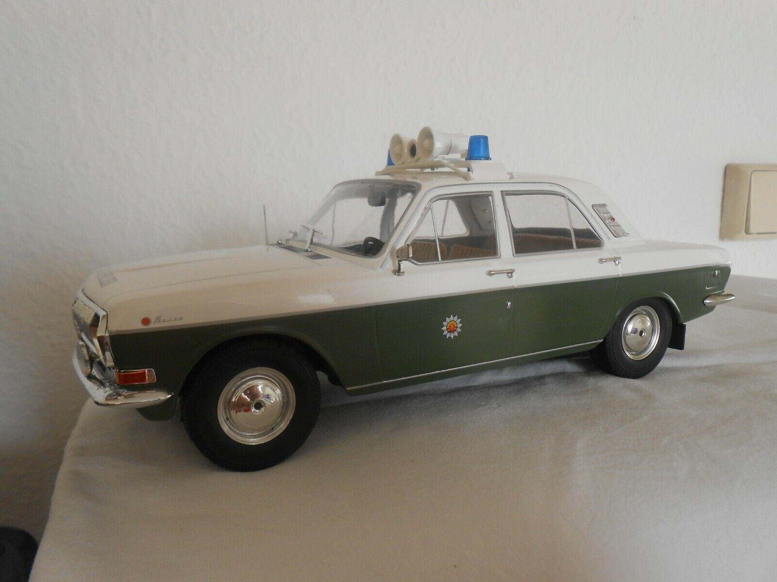 Volga  polizia popolare  1 18 modelcargroup