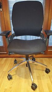 Steelcase Leap V2 Used Office Chair With Adjustable Arms And Lumbar Support
