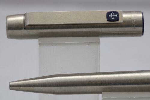 Parker 25 Ridge Top Ballpoint Pen with Blue Trim Vintage 1985