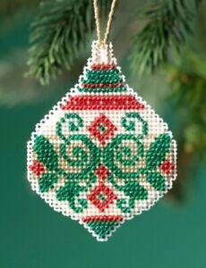 Emerald-Flourish-2019-Mill-Hill-Beaded-Holiday-Ornament-Kit