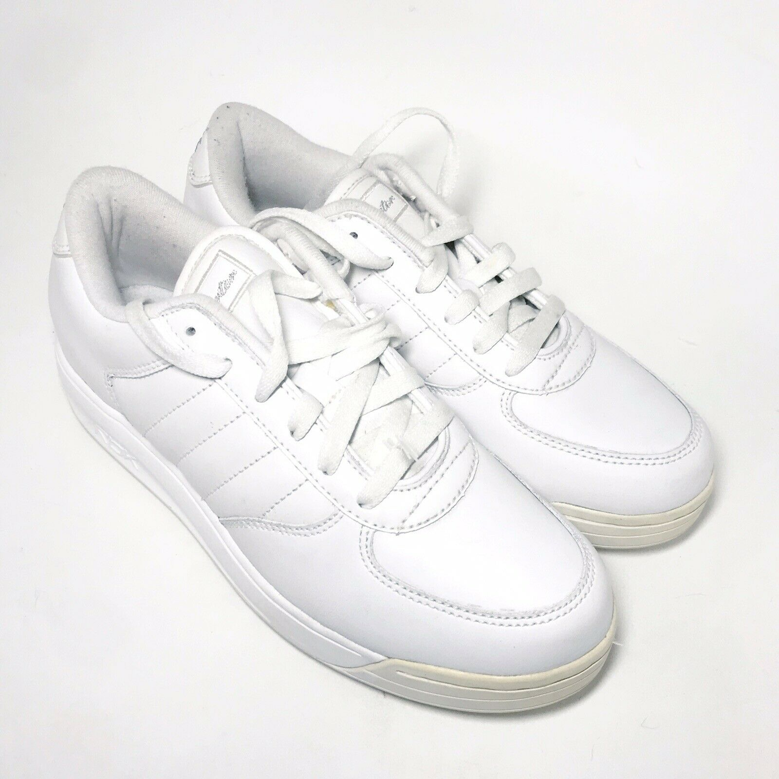 S Carter shoes Reebok All White Originals Sneaker Athletic Sz 5