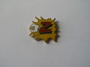 pas mal a584d b2a6a Détails sur pins vetement Z