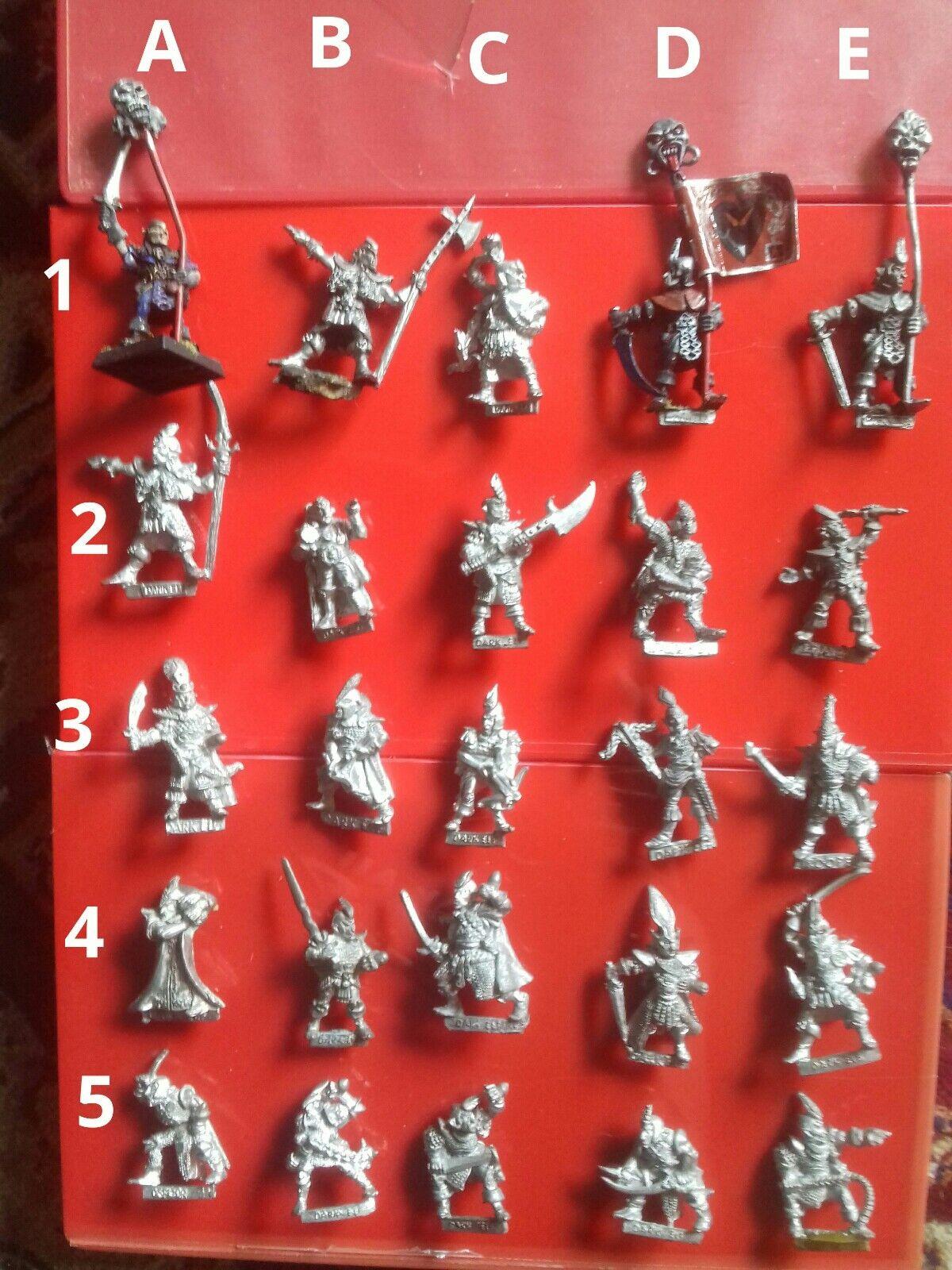 C09 Dark Elf Warriors Citadel GW Games Workshop Elfes socle  3rd Compendium  en bonne santé