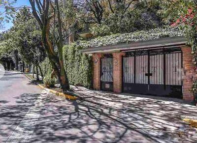 Casa en Venta y Renta en Bosques de Las Lomas