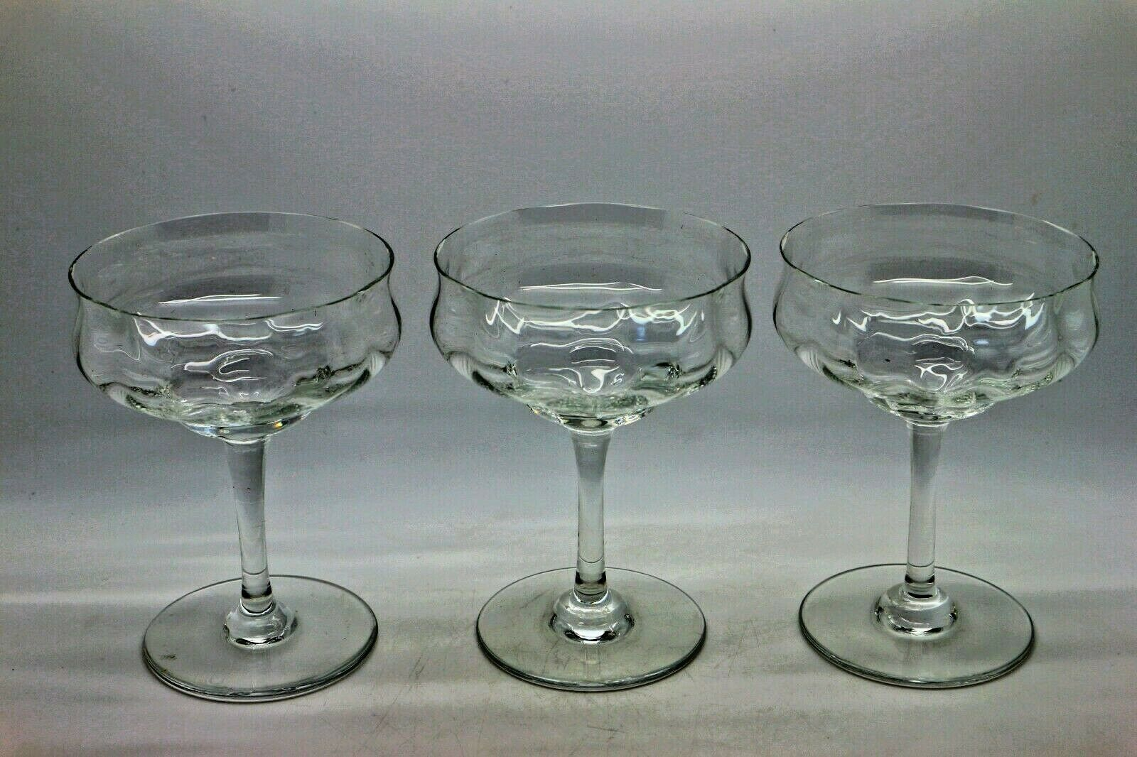 3 anciens verres en Cristal de Baccarat - Modèle à identifier