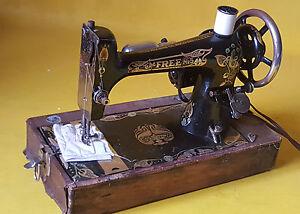 Antique Free No. 5 Sewing machine