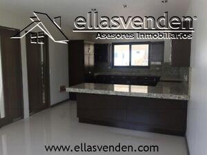 PRO3608 Casas en Venta, Carolco en Monterrey
