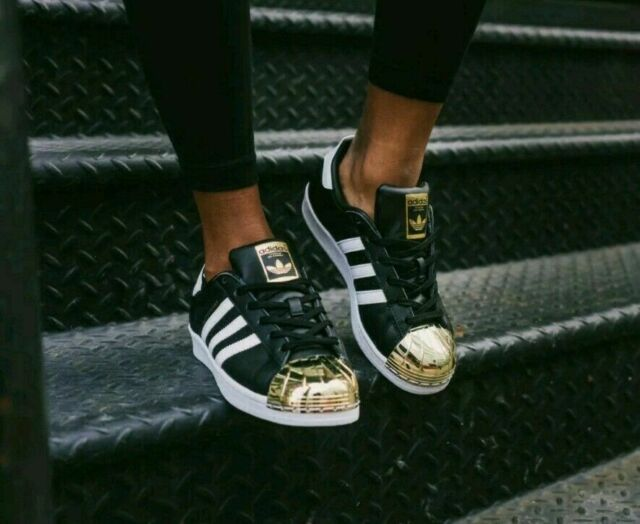 Women's Adidas Superstar Metal Toe Sneakers BB5115 Black White Gold Metallic 6.5