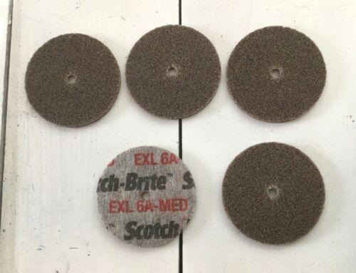 """5 Grade 6A Med 2/"""" x 1//8/"""" x 3//16/"""" Pk  3M Scotch-Brite EXL Unitized Wheel"""