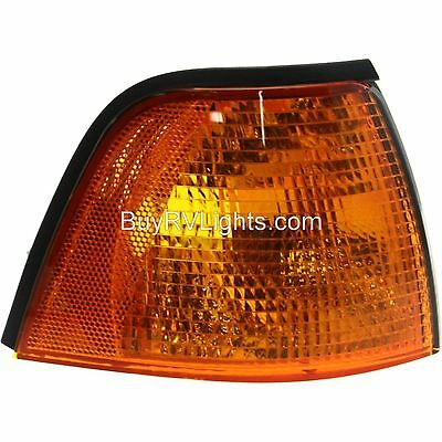 Fleetwood Discovery 1999-2002 RV Motorhome Right Replacement Front Corner Lamp Turn Signal Light Passenger