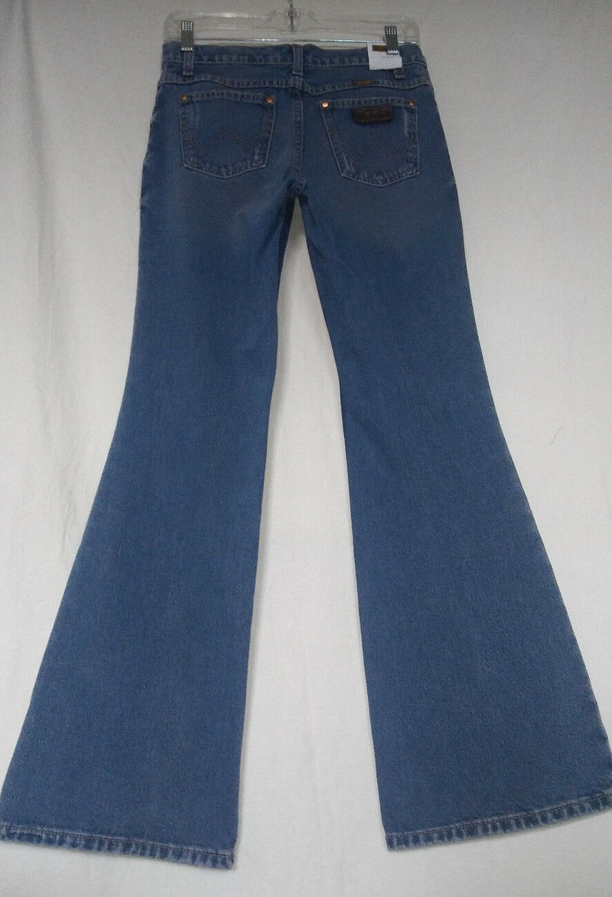 WRANGLER 1 2 X34 NWT Womens Retro Denim Western Distressed Flare Jeans Cowgirl
