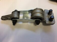 Volvo Lower Engine Mount Stabilizer S60 S70 S80 V70 850 C70 XC70 XC90 30680750