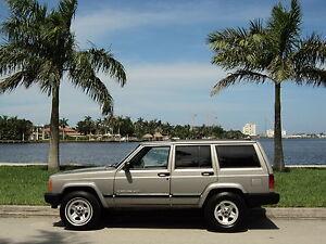 2000-Jeep-Cherokee-Sport-4WD