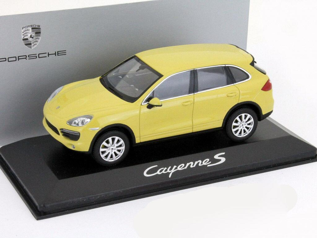 Porsche Cayenne S año de construcción 2010 amarillo 1 43 Minichamps
