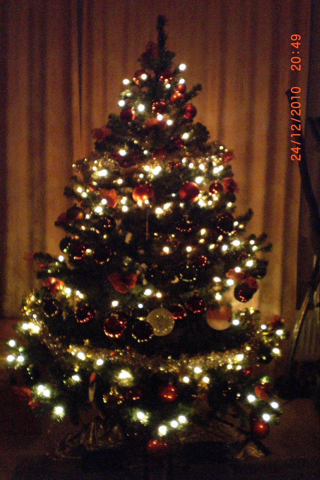 Künstlicher Weihnachtsbaum 180 cm lang mit sehr viel Zubehör Zubehör Zubehör 0a765f