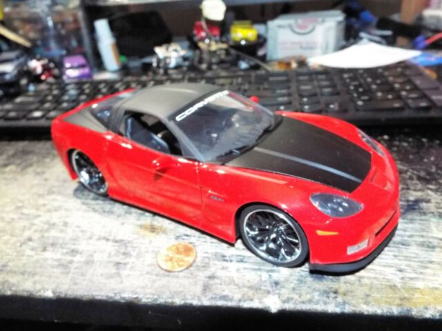 2006 Chevy Corvette Z 06 Jada 96804-1//24 scale Diecast Car Red w// black top