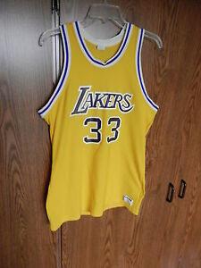 5268260a97d3 KAREEM ABDUL JABBAR LOS ANGELES LAKERS JERSEY SZ LARGE SAND KNIT NBA ...