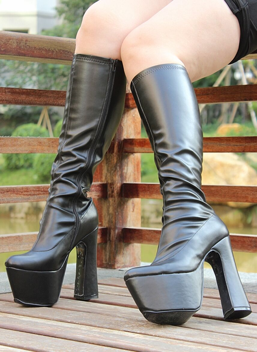 botas  TALONS 16 cm PVC negro mat ou blanco pointure   35-40