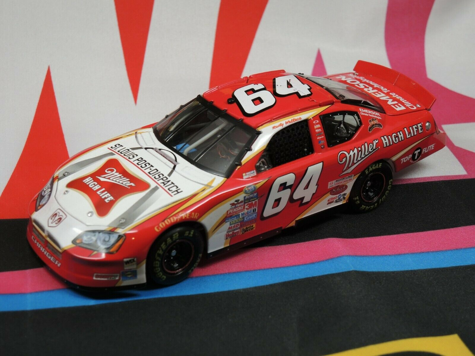 Rusty Wallace #64 Miller High Life 2005 1:24 Elite - No Sleeve