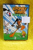 New/sealed Looney Tunes Spotlight Collection 8 W/ 30 Classic Toons Daffy Duck-