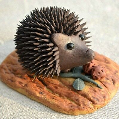 Chinese Yixing handmade zisha tea pet Hedgehog with food tea ceremony decoration