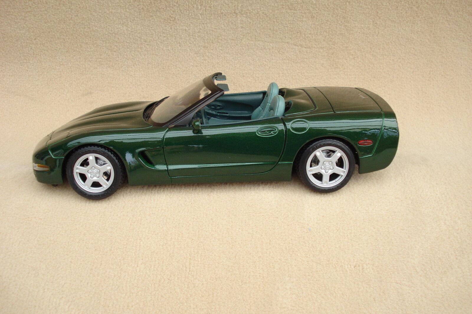 Corvette Modell 1 18  (neu) - Maisto - Cabrio C5 1998 fairway green green