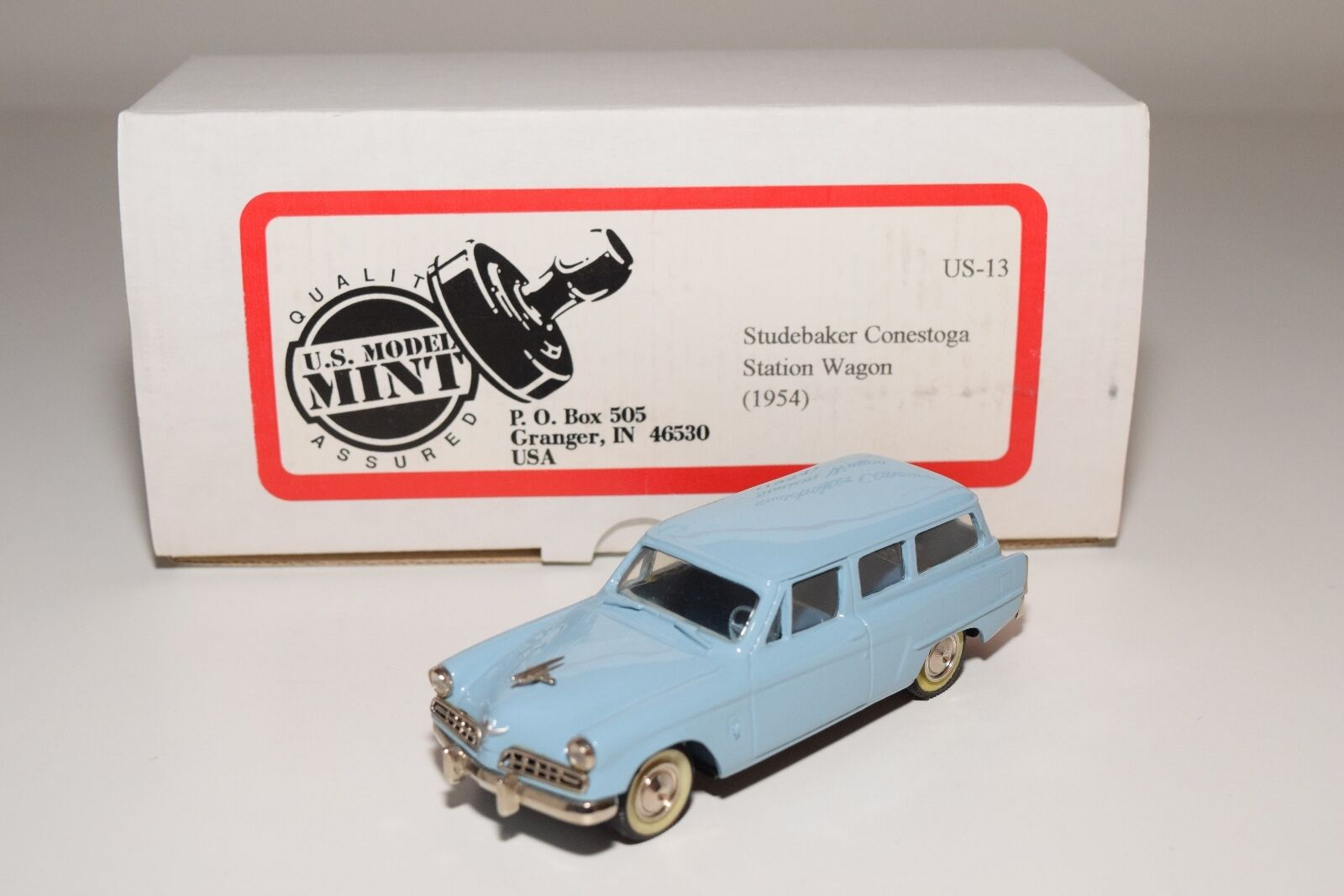 US MINT US-13 STUDEBAKER CONESTOGA STATION WAGON 1954 LIGHT blueE MINT BOXED