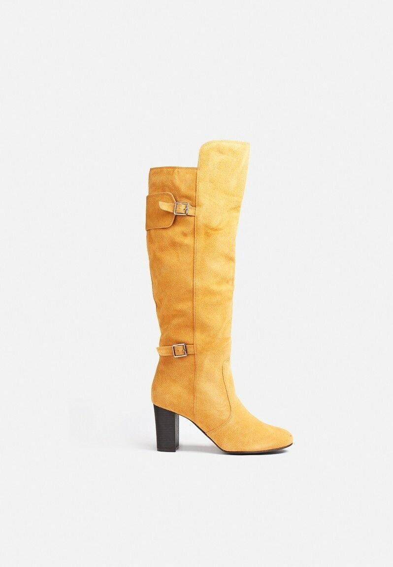 VERO MODA KELLY LEATHER BOOTS. COLOUR IS COGNAC. VARIOUS SIZES . COST